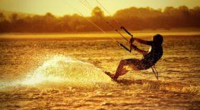 Co jest potrzebne do uprawiania kitesurfingu?